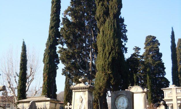 """Piazzale Donatello. Necropoli silente per la pace degli """"inglesi"""""""