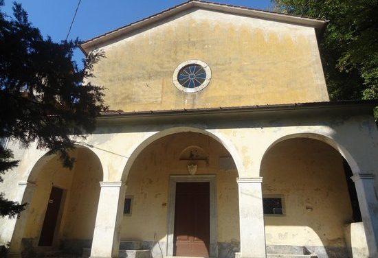 Seravezza, la Madonna del Piastraio ed il Forato
