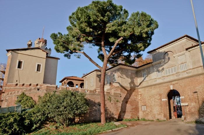 Borgo di Pratica di Mare
